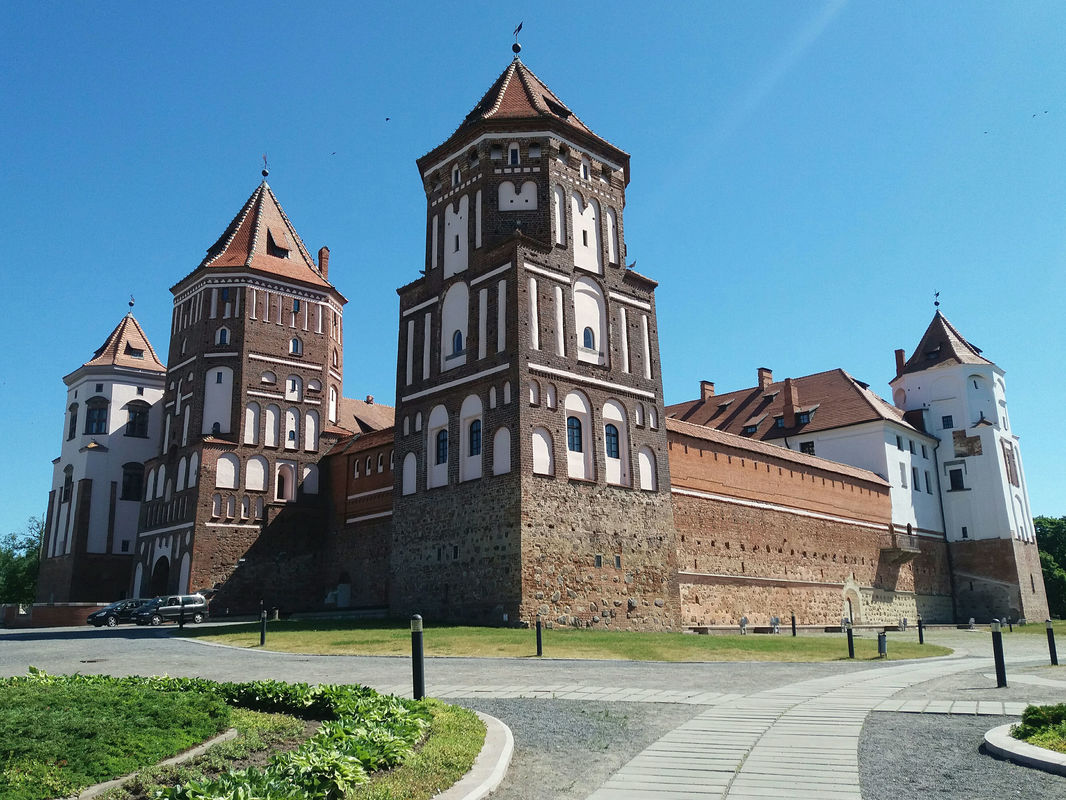 Mir Castle Belarus Nomadic Backpacker